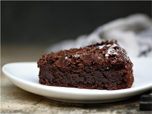 Rustic Amaranth Chocolate Cake