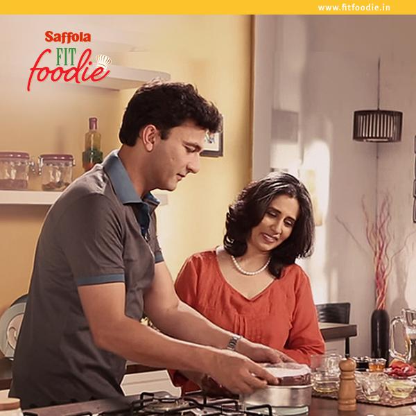 Cookshow with Chef Vikas Khanna , Deeba Rajpal Food Food TV, fitfoodie
